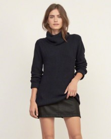 Abercrombie & Fitch: Up to 50% Off Select Styles
