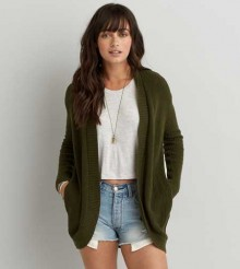American Eagle: Up To 25% Off on 5+ Items