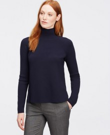 Ann Taylor: 40% Off Sweaters & Tops