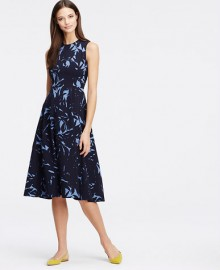 Ann Taylor: 40% Off Full Priced Dresses