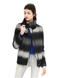 Banana Republic: Extra 50% Off Sale Items