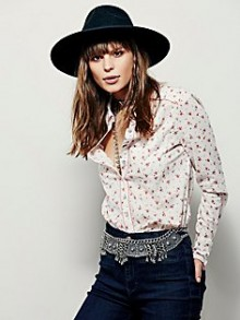 Free People: 'Snow Day' Sale Up To 50% Off & Must-Haves Under $50