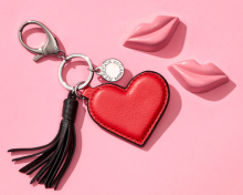 Rebecca Minkoff: Free Key Fob as Gift with $150+
