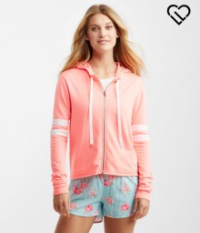 Aeropostale: 50% Off + Extra $10 Off $50 Sitewide