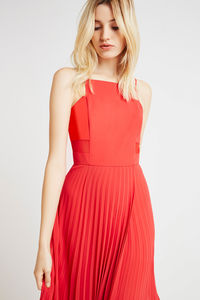 BCBGeneration: 40% Off Full Priced Dresses & 30% Off Accessories