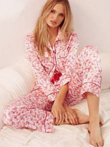Victoria's Secret: Up To $50 Off Order