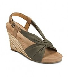 Bon Ton: Extra 30% Off Shoes