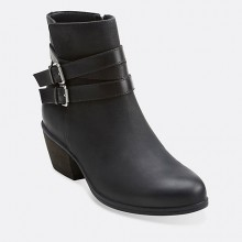 Clarks: Up to 60% Off + Extra 20% Off Sale Items