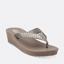Clarks: Women's Sale Shoes Starting At $39.95