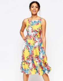 ASOS: Up to 70% Off Outlet Sale