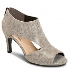 Aerosoles: up to 30% Off Select Styles