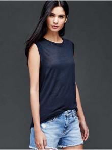 Gap: 40% Off Tanks, Tees & Shorts and 35% Off The Rest