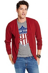 Tommy Hilfiger: 40% off Outlet items.