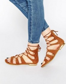 Asos: Up To 60% Off Shoes & Accessories Today