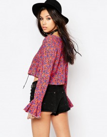 ASOS: 20% Off Holiday Styles