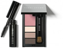 Bobbi Brown: Weekend Eye and Cheek Palette as Gift