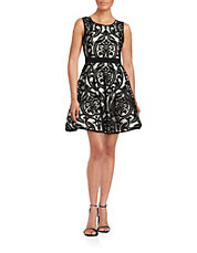 Lord & Taylor: Up To 75% Off Dresses Today Online