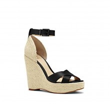 Vince Camuto: Up To 60% Off Summer Sale