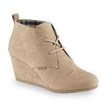Sears: Up To 70% Off Women's Boots